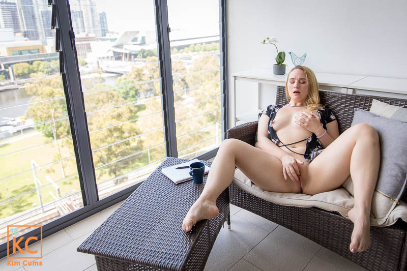 Just a casual morning drinking coffee.... See it all here: N7u2UVTIm9 N6H