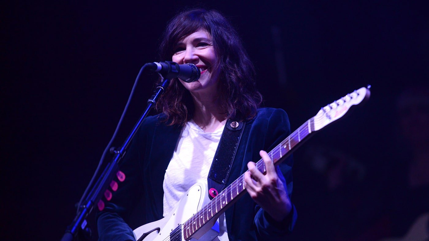 Carrie Brownstein memoir to be adapted for a TV pilot https://t.co/sVaQSiCbSG https://t.co/BEVLy6R9Bj