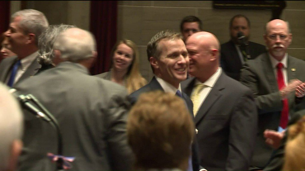 Reactions to Greitens' admission of affair, allegations ofblackmail