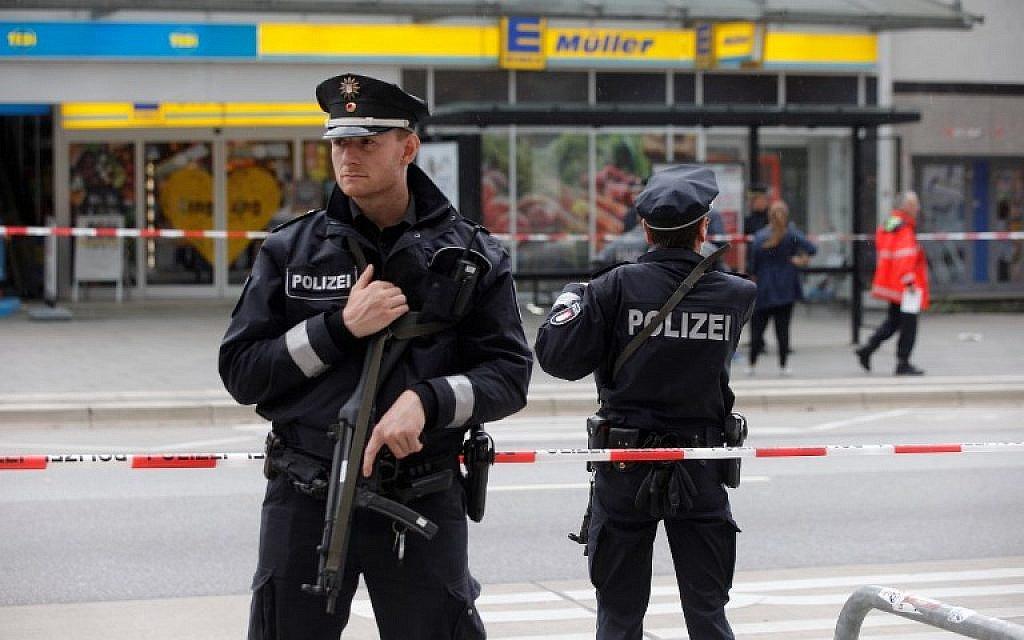 Palestinian in dock over Hamburg 'Islamist' knife attack