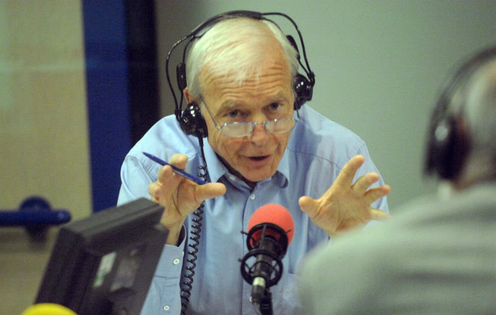 BBC Radio 4 host John Humphrys criticised over gender pay gap comments https://t.co/ArN1EX0GlR https://t.co/iOe2bYZzlT