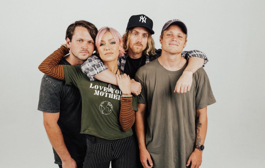 .@TonightAlive's new album #Underworld tugs on the heartstrings in all the right ways https://t.co/Xe3QFrGuEN https://t.co/wizebUZ1tH