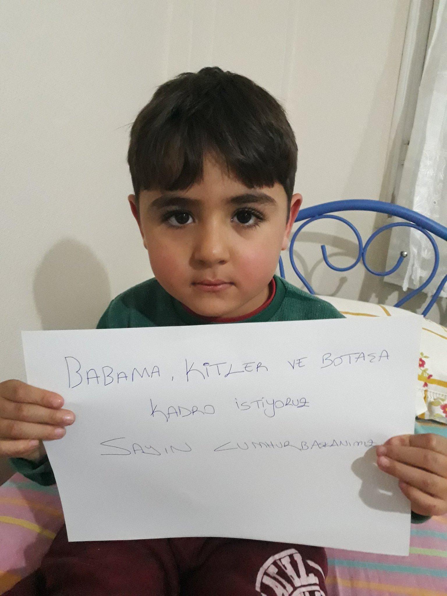 #KitlerinUmuduReis kitler bekliyor reisim @RT_Erdogan @TC_Basbakan @jsarieroglu @memetsimsek @kural17 @tvahaber https://t.co/5wU2DAM0dK