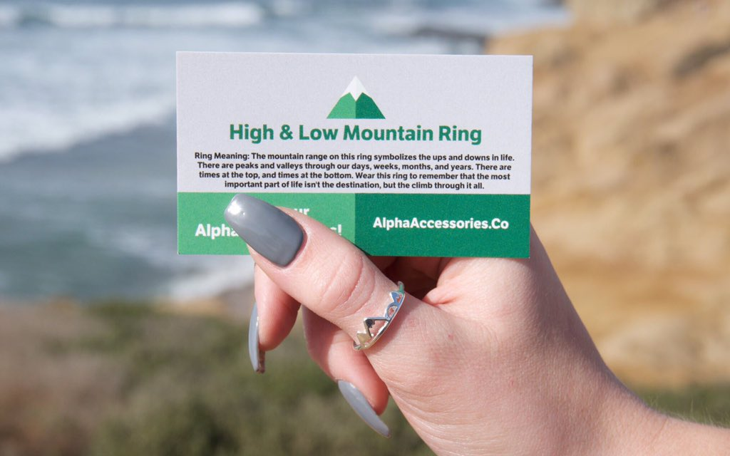 RT @BEFlTMOTlVATION: Neeed this high & low mountain ring from https://t.co/6QN7pgspDQ https://t.co/vghTTsepAc
