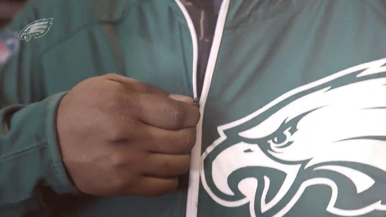 Gear up with @usnikefootball.  #ATLvsPHI | #FlyEaglesFly https://t.co/Tahv13TV5V
