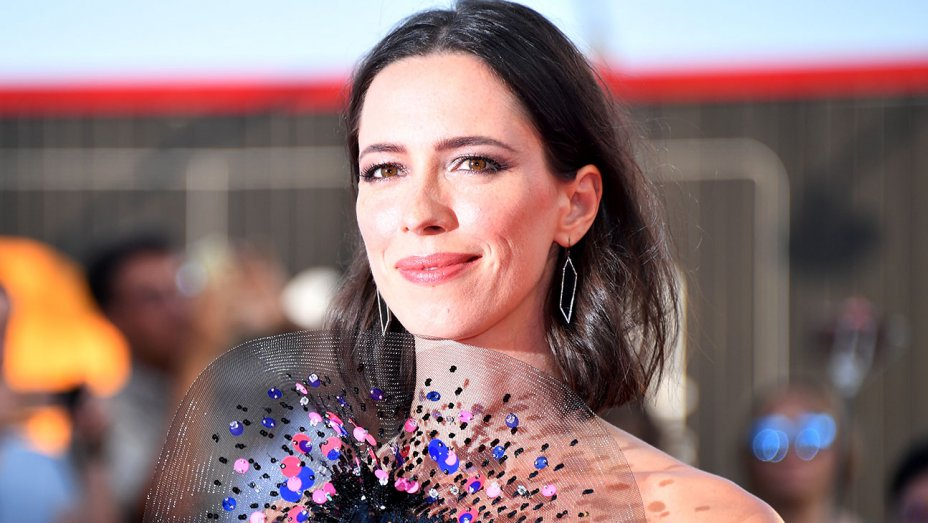 Rebecca Hall donates salary from Woody Allen movie to #TimesUp fund https://t.co/4x95U0gzU3 https://t.co/GL1ki60Fns