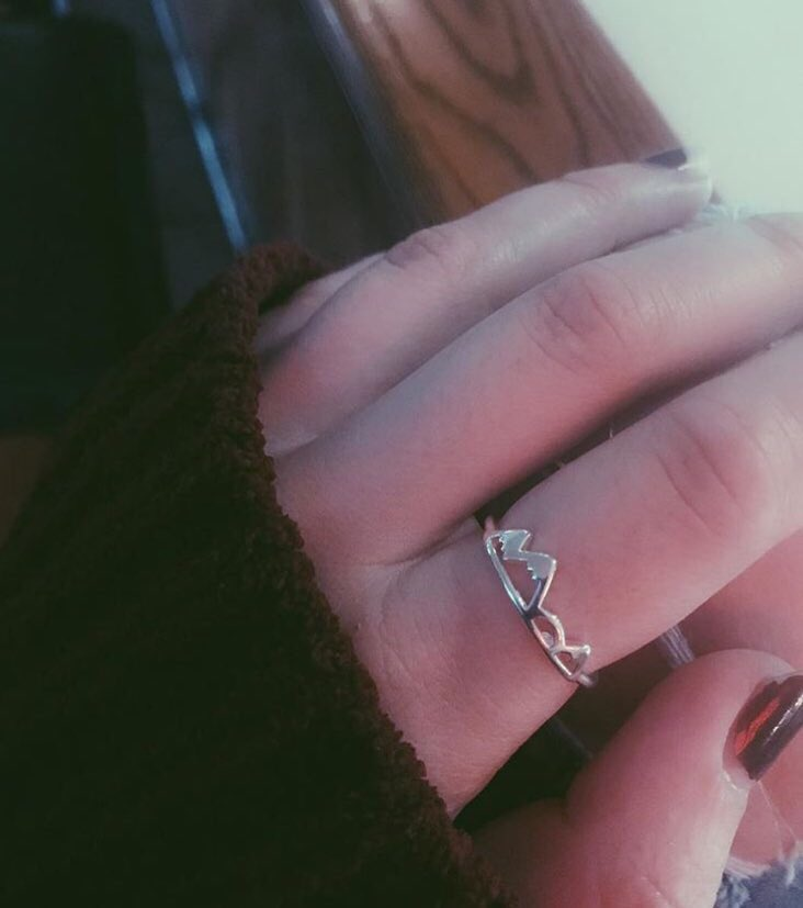 RT @BEFlTMOTlVATION: Neeed this high & low mountain ring from https://t.co/6QN7pgspDQ https://t.co/iMIMM1a9hu