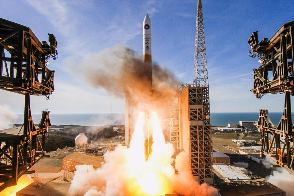 Successful launch! Orbital ATK played an integral role in today's launch of @ulalaunch's #DeltaIV carrying #NROL47 national security payload. https://t.co/CwCeazF7nb (ULA Photos) https://t.co/IWtYnTrxwd