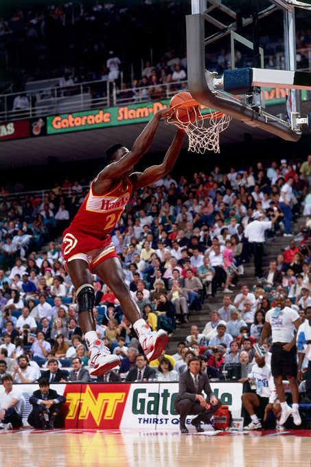 Happy birthday the Dominique Wilkins. I always wanted to have his hightop pair and fade.