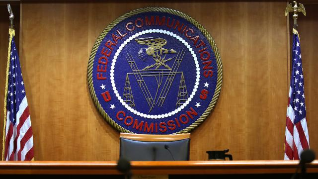 FCC commissioner: 'We still need to get to the bottom' of fake net neutrality comments https://t.co/1fqaZKoS3T https://t.co/IxQhynkinH