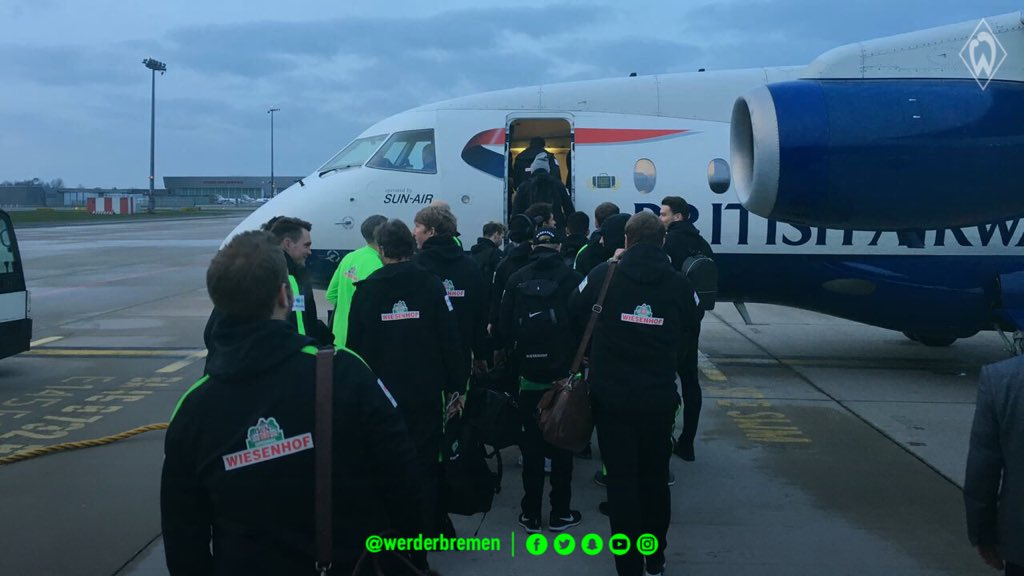 Munich, here we come ✈️ Which #Werder player would you most like to sit next to on a flight? #fcbsvw https://t.co/H13nkV7C0P