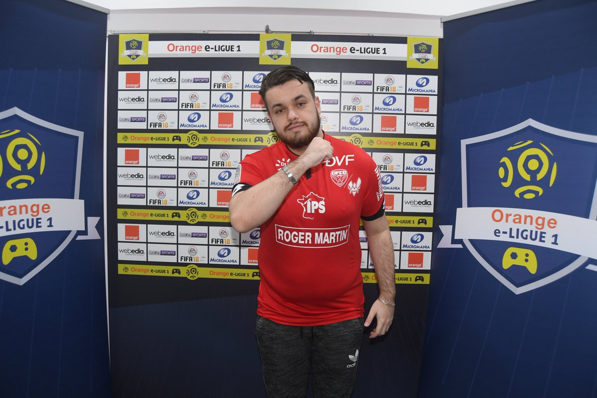 Our @DFCO_Officiel x Vitality player @Vitality_RocKy faces @OL_Rafsou in the RO16. The game is currently tied 2-2 at the 70th minute! 😱 https://t.co/3XbiGqqgYj