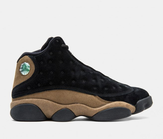 "LIVE via UBIQ  Air Jordan 13 Retro ""Olive"" available with FREE shipping   BUY HERE: https://t.co/jT2TUhHXys https://t.co/kxZKH6qJ7o"