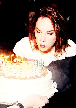 Happy birthday to the one and only RUTH WILSON.