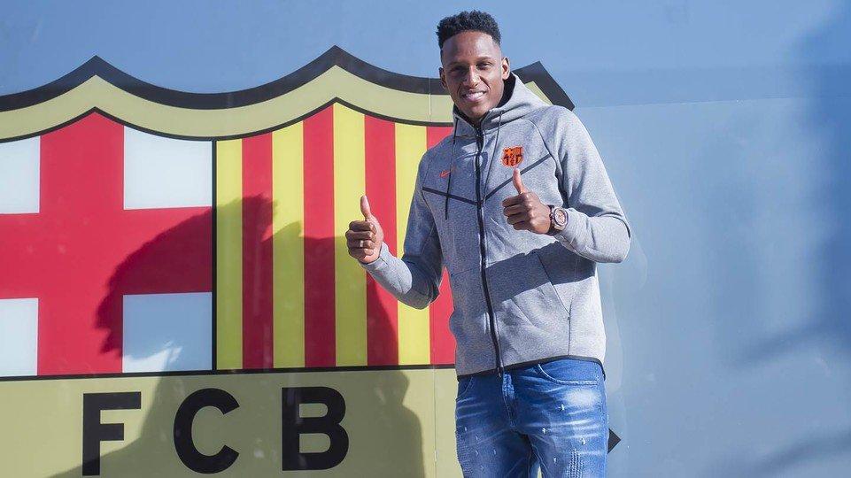 �� Watch Yerry Mina's unveiling at Camp Nou - live! �� https://t.co/9qWLlRvpzM ���� #BeBarça https://t.co/CsjEUQBqoG