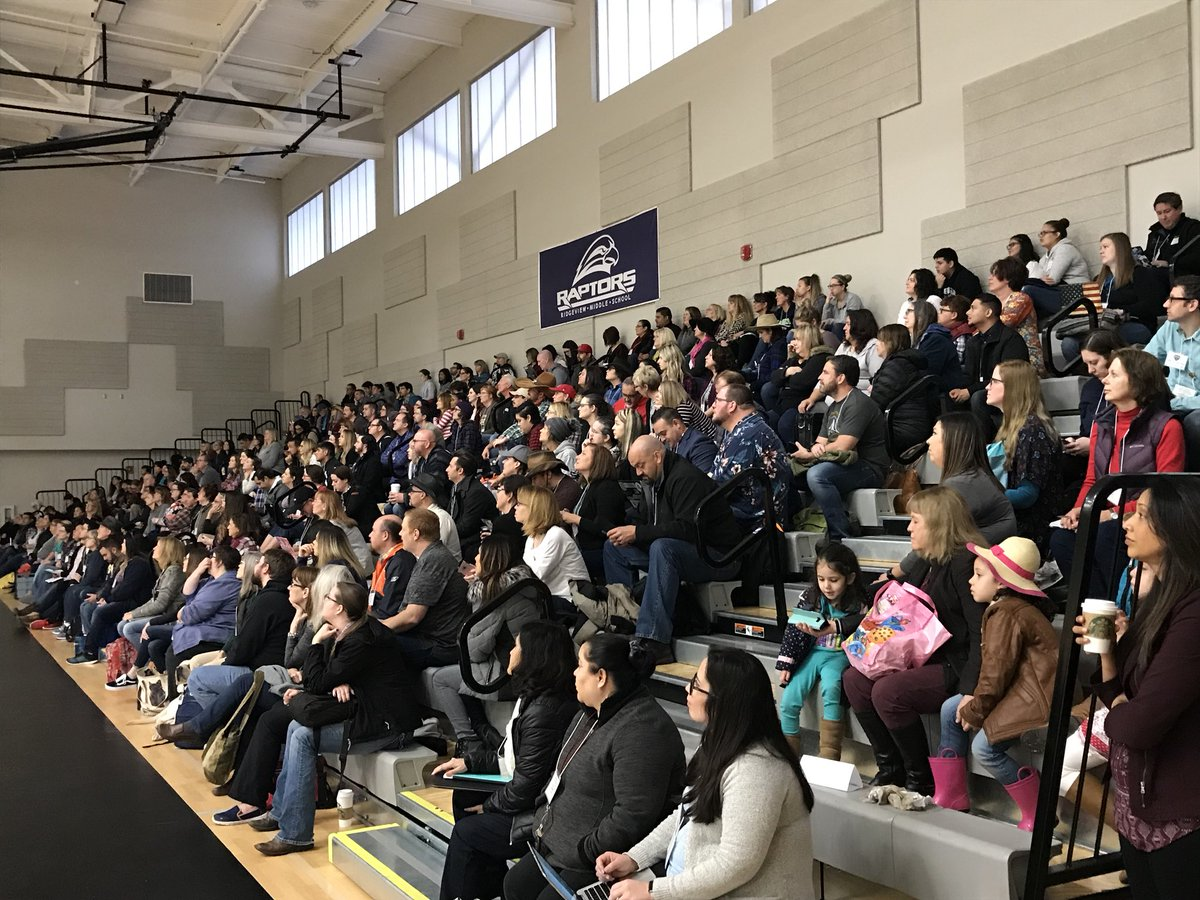 Packed house with @ajjuliani and @spencerideas and scores of powerful educators today! #CVTechTalk #TechRodeo https://t.co/4kuQxyGYVn