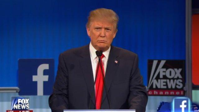 Trump regularly calls Fox News hosts to praise them: report https://t.co/cCBgGnVqD8 https://t.co/jzlEGeHLaD