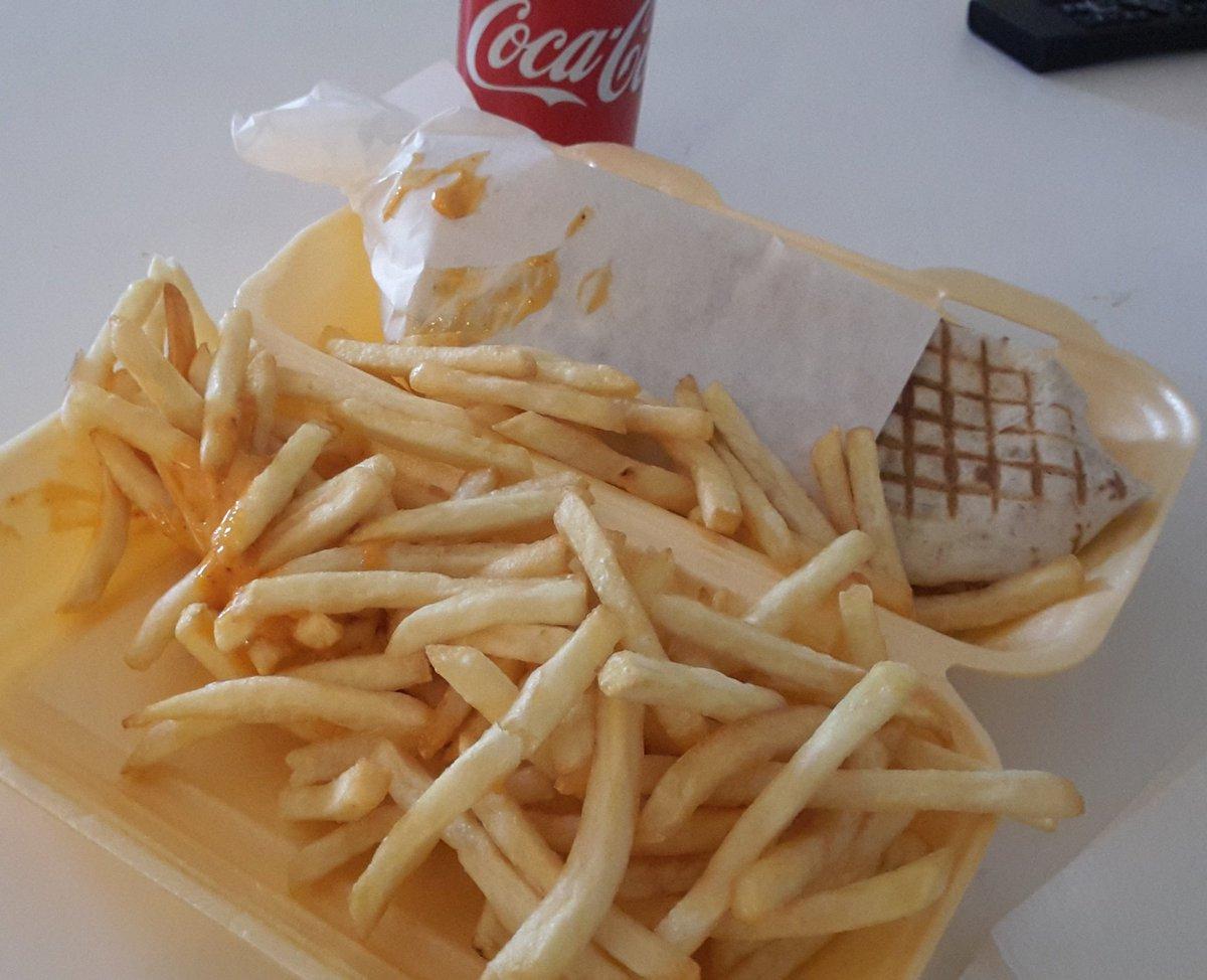 The best cheat meal. ...Tacos sauce algérienne 😍 uSM2PtAvti