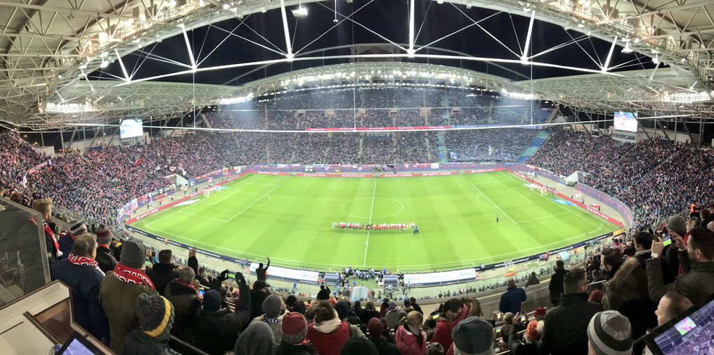 RT @s04_en: We've missed you, @Bundesliga_EN 🏟️ #RBLS04 #s04 https://t.co/2evvRC6yOg