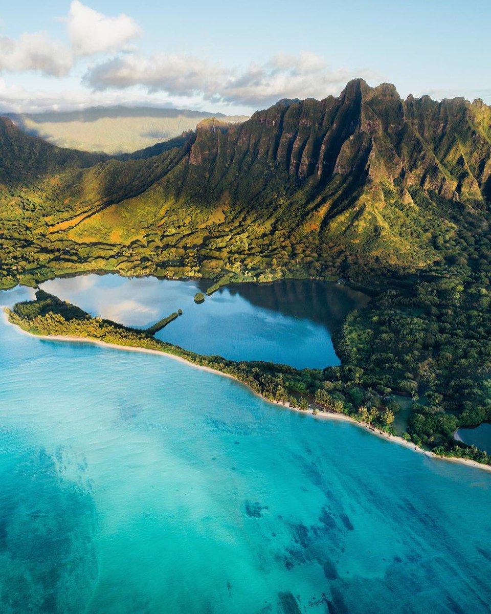 RT @earth: Oahu, Hawaii https://t.co/WAAgSd1joX
