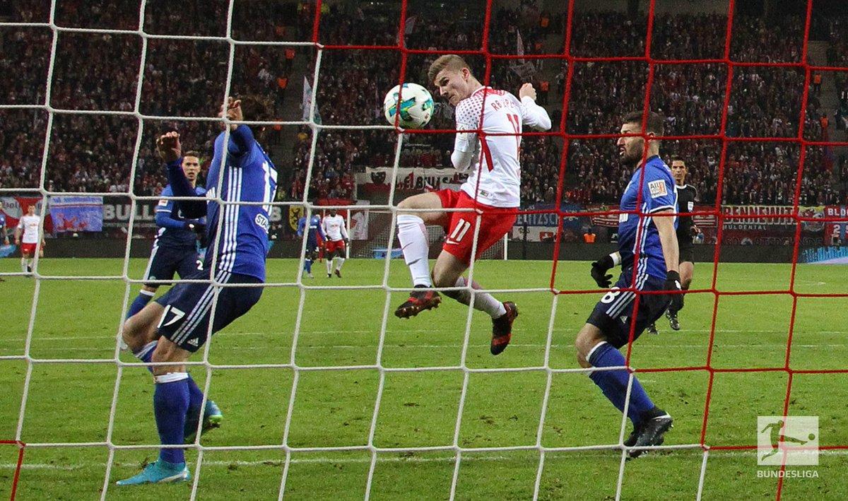 Joker 🃏 #BundesligaDictionary 📚 https://t.co/SLhpjhYbEo