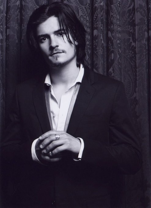 Happy birthday to Orlando Bloom! Which did you like him better in: Lord of the Rings, or Pirates of the Caribbean?