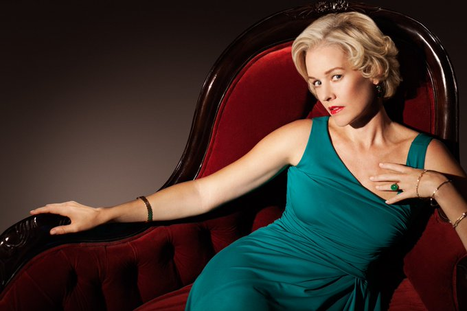 Happy Birthday to Penelope Ann Miller who turns 54 today!