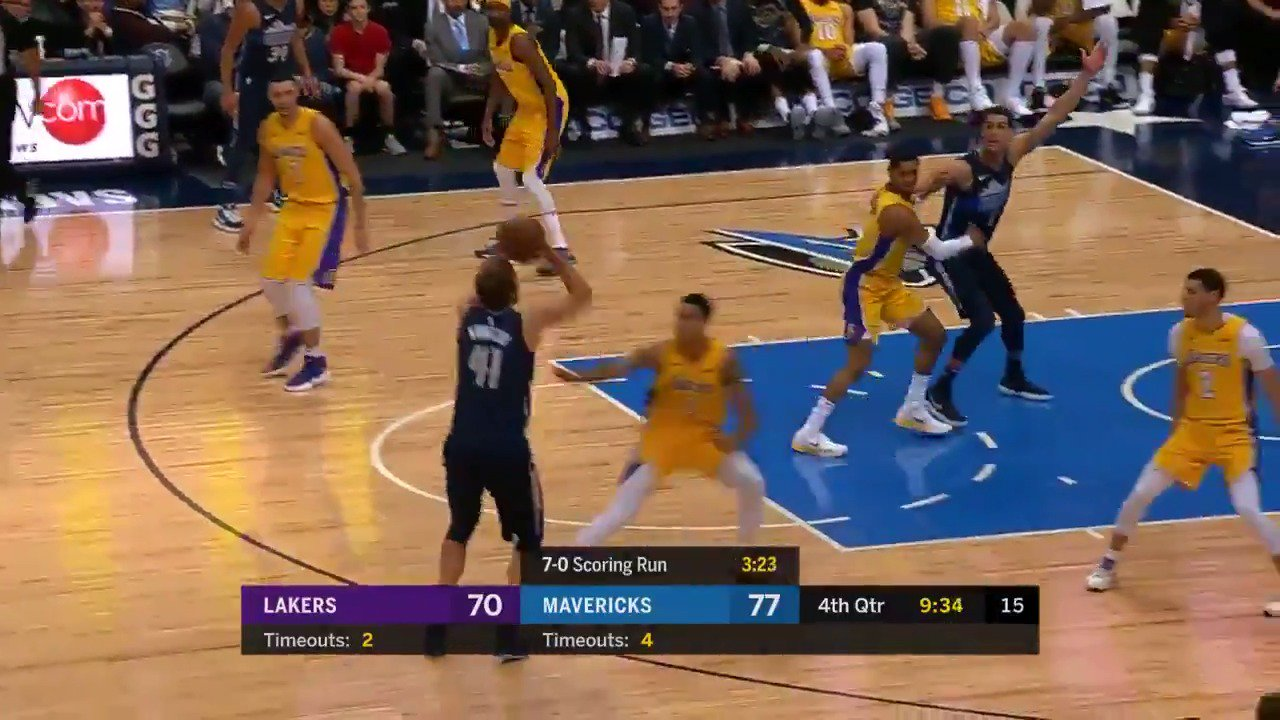 Dirk strokes it from distance to extend the @dallasmavs lead! #MFFL https://t.co/VKtSoSTH86