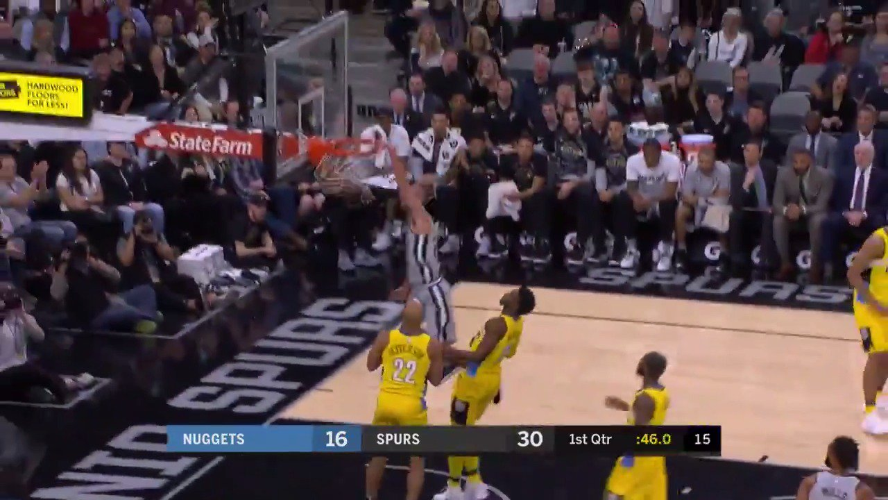 M-A-N-U!   #GoSpursGo https://t.co/eEFUe7yOqi