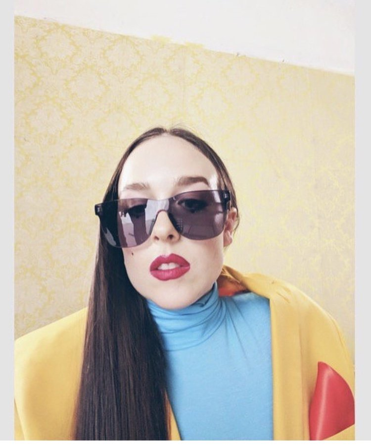 """.@alliex X's """"Casanova"""" should be your new favorite song in 2018. https://t.co/inD1IQALNS https://t.co/Z9FVhuXmYW"""