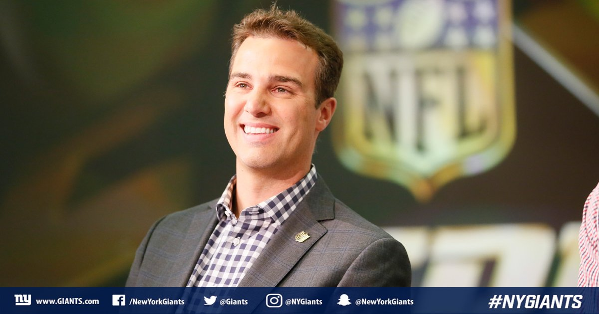 ICYMI: @MoveTheSticks looks at the state of the 2018 #NFLDraft and breaks down potential options for the #NYGiants.  📰 » https://t.co/UefB5yr8wg https://t.co/uGl2pwLTzy