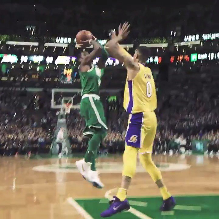 �� Kyrie doing Kyrie things ��  RT to #NBAVote for Kyrie Irving https://t.co/VMZ3BqbRl6