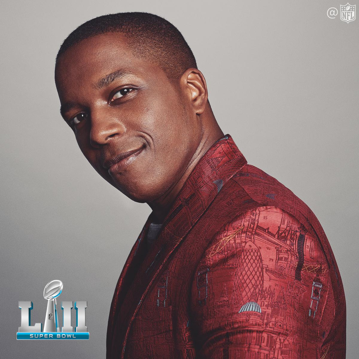 .@leslieodomjr to sing 'America The Beautiful' at the @SuperBowl: https://t.co/vjaRSkT8OX #SBLII https://t.co/lACF1wYim6