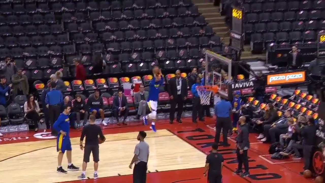 The jumper is ready!  #DubNation x  #WeTheNorth at 7:30 pm/et  ��: #NBA League Pass https://t.co/mCa8A1vi1E