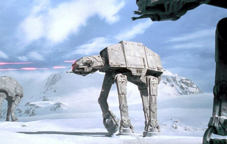 40 geeky facts every #StarWars fan should know https://t.co/29UNAGQhBW https://t.co/rujCEhJhry
