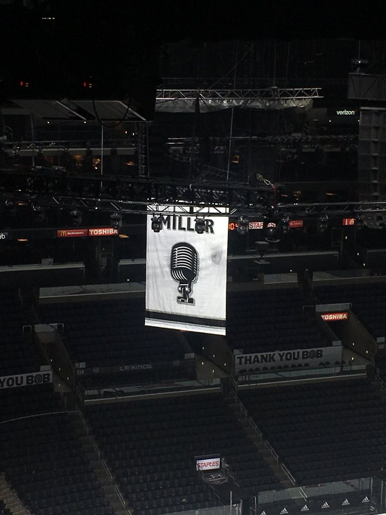 Another banner heads to the rafters at Staples Center. #LAKings #BobMiller #BobMillerCelebrationDay  #ThankYouBob https://t.co/WcJhAJgxrn