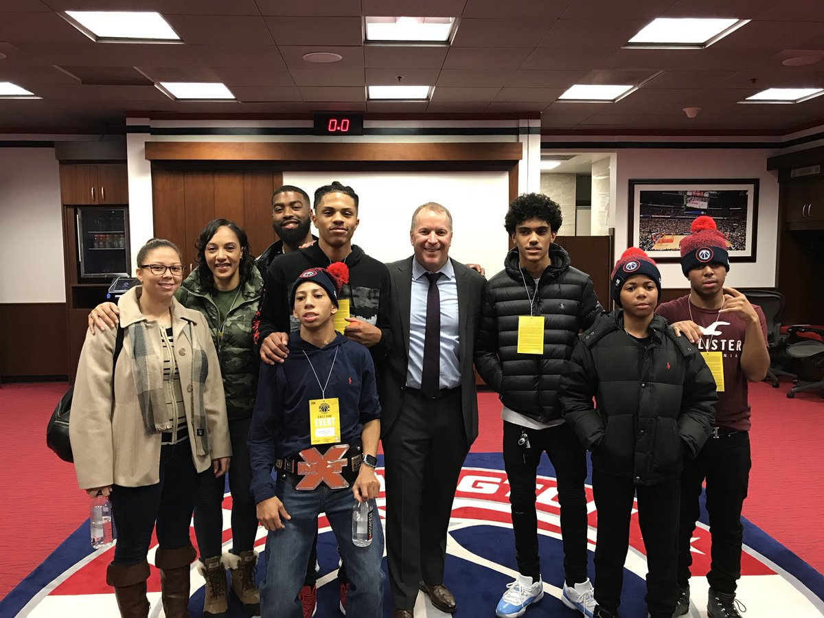 I wanna say a big thank you to Tommy Sheppard from the @WashWizards organization for bringing me and my guy Shaunquis to the game and helping me experience the best day of my life. https://t.co/AAckbhUWAb
