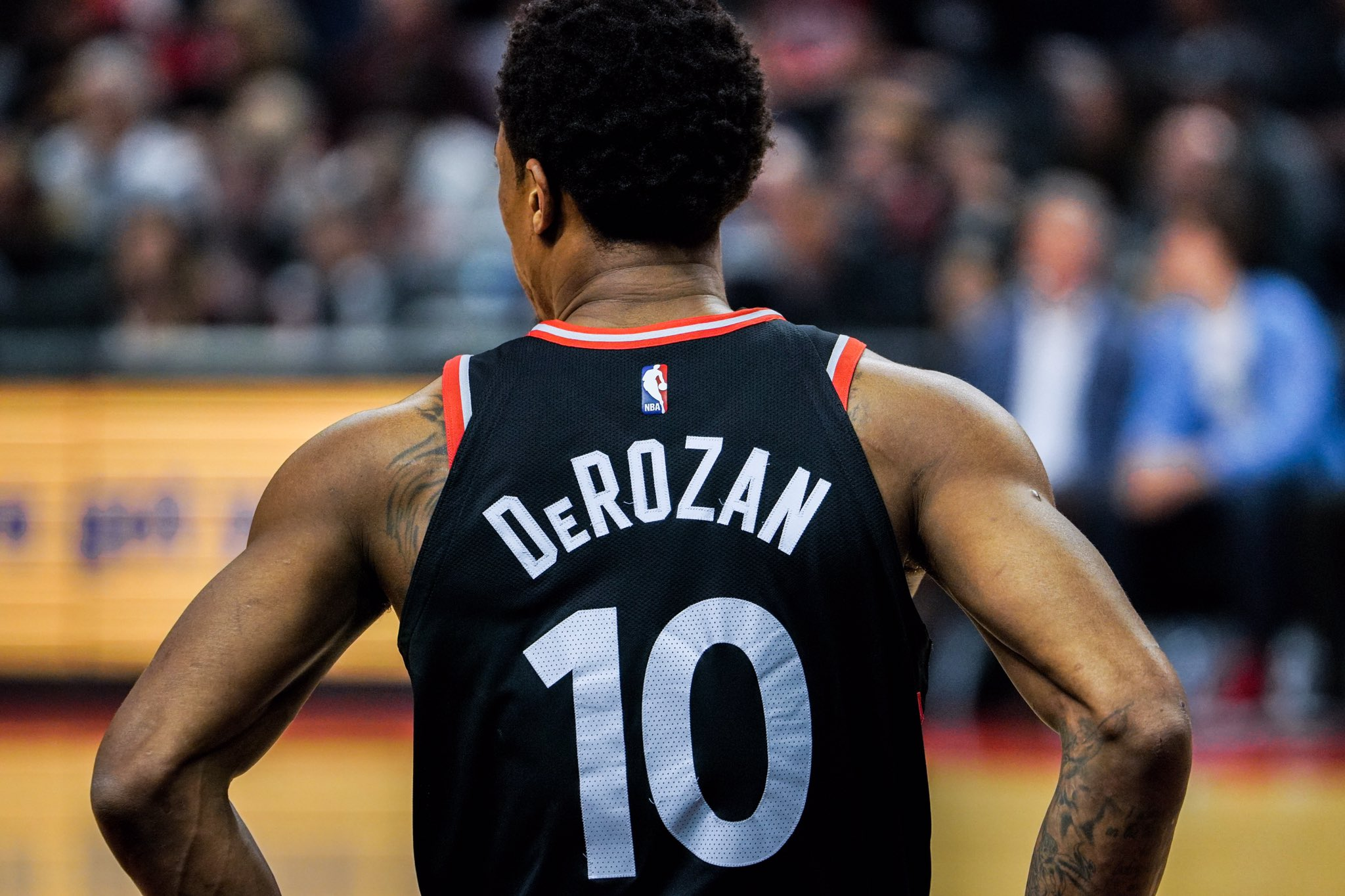 'I am Toronto' - @DeMar_DeRozan   1 Retweet = 1 #NBAVote https://t.co/gNZSPtADrv