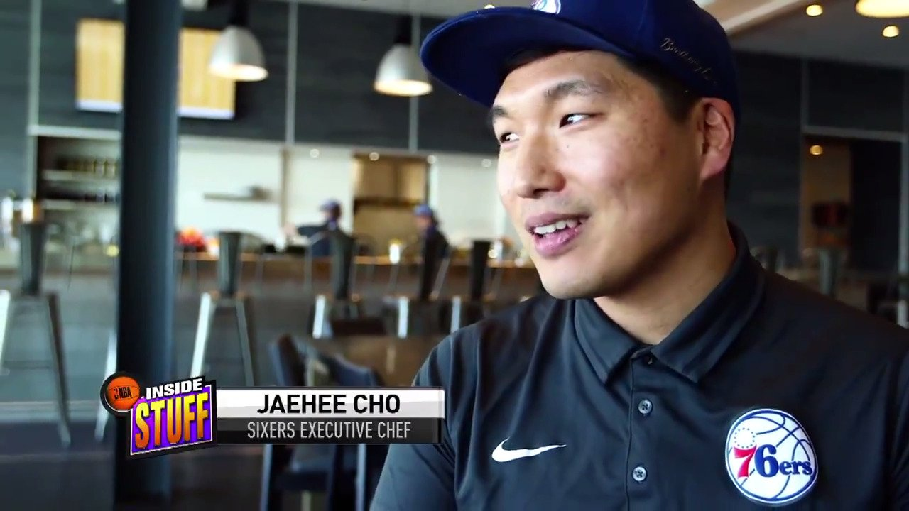 Get a behind-the-scenes look at what's cooking in Philadelphia with @Sixers Executive Chef, JaeHee Cho! #InsideStuff https://t.co/vGCb32H7dg