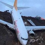 Passenger jet skids off runway in Trabzon, Turkey to stop on a cliff just metres above the ocean