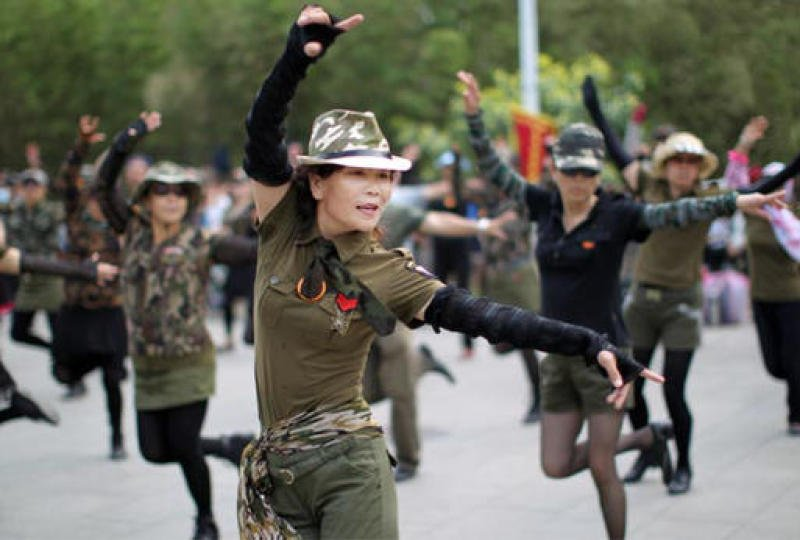Square dancing in China grows in popularity - and business opportunity