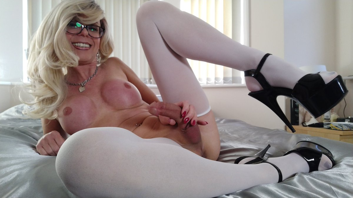 On webcam now at v1PalDUDsG #NSFW #transsexual #webcam YmWlcdhxPL