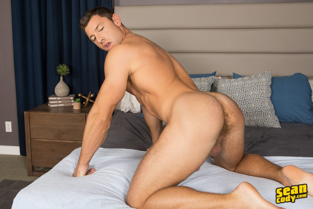 This Straight Guys Wants to Try Some Cock! See him take It.... ➡️➡️➡️ https://t.co/mwvpdDxY28 @Sean_Cody_Com https://t.co/8Uzn3GztxZ
