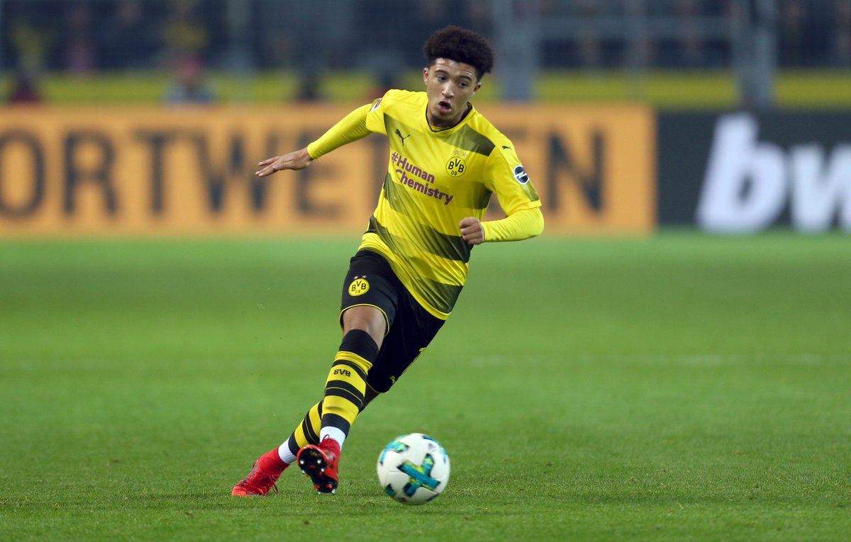 Jadon Sancho 👌 #UEL https://t.co/nl9Y1o97Ho