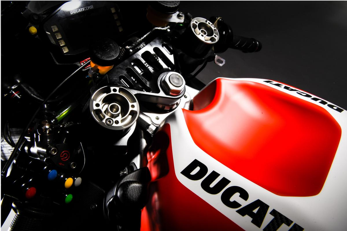 test Twitter Media - Reminder ⚠️  @DucatiMotor will launch their 2018 livery at 10:30am CET this morning   Watch it live on https://t.co/BotafVhHn9 😁 https://t.co/99eO3AzpS1