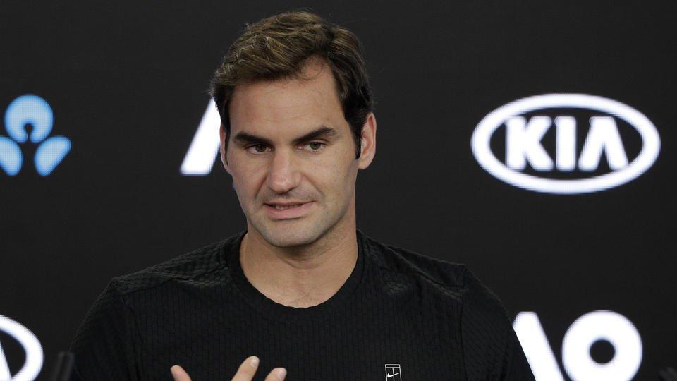 Day 2 at the Australian Open: Federer, Djokovic on court