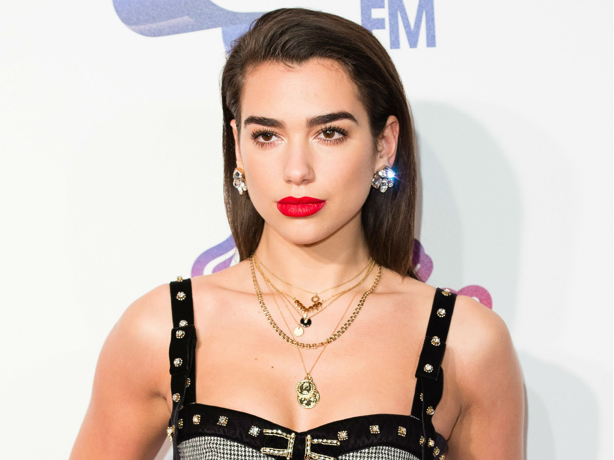 .@DUALIPA makes #BRITs history with 5 nominations. https://t.co/CL8VzcXCnv https://t.co/dcAkgld4z5