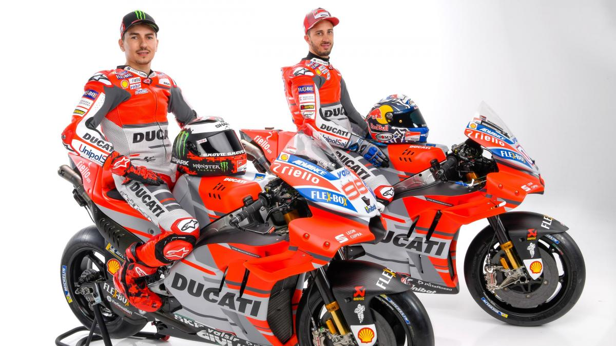 test Twitter Media - Ducati Team presentation kicks off 2018 in style  New year, new livery! The 2018 Borgo Panigale project was revealed on Monday in Bologna, and the goal is simple: victory  #MotoGP | 📰 https://t.co/74rcLmYEms https://t.co/O9dhwzXp9Y