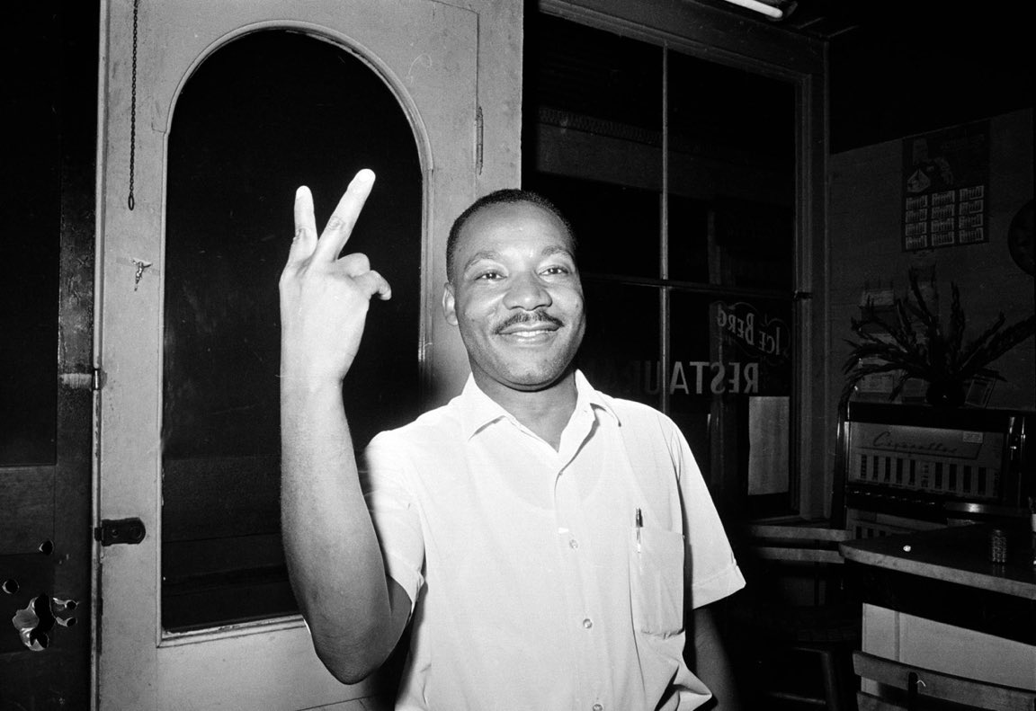Remembering this great man of peace today.  #MLK #MLKday #ChooseLove https://t.co/u2U8sXROwZ