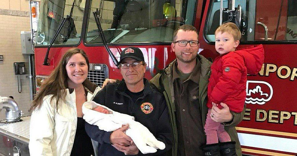 Baby boy born at Iowafirehouse